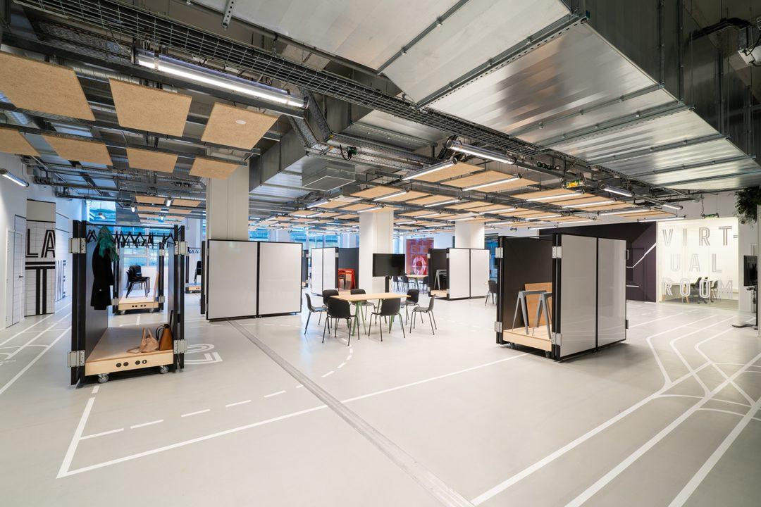 Lab 114 by Orange & Wellio