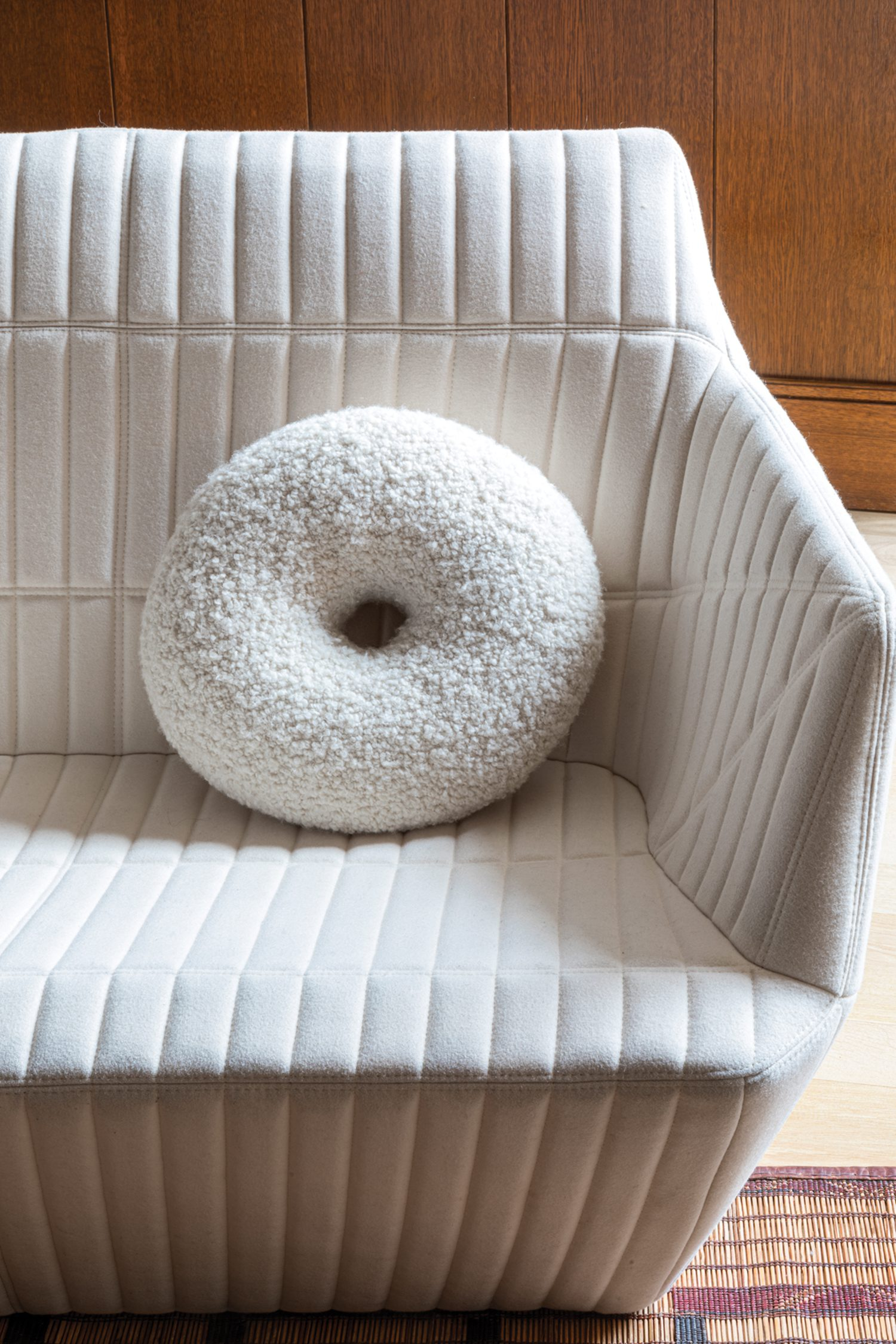 A Baba cushion by Emmanuelle Simon accents the sitting room sofa.