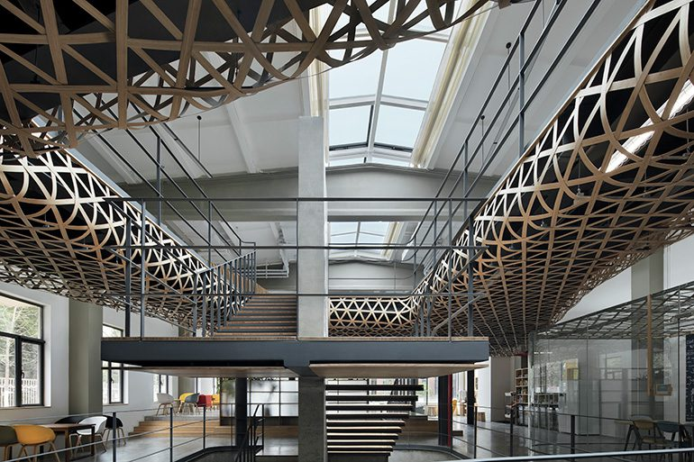 Mafengwo Office Space Design
