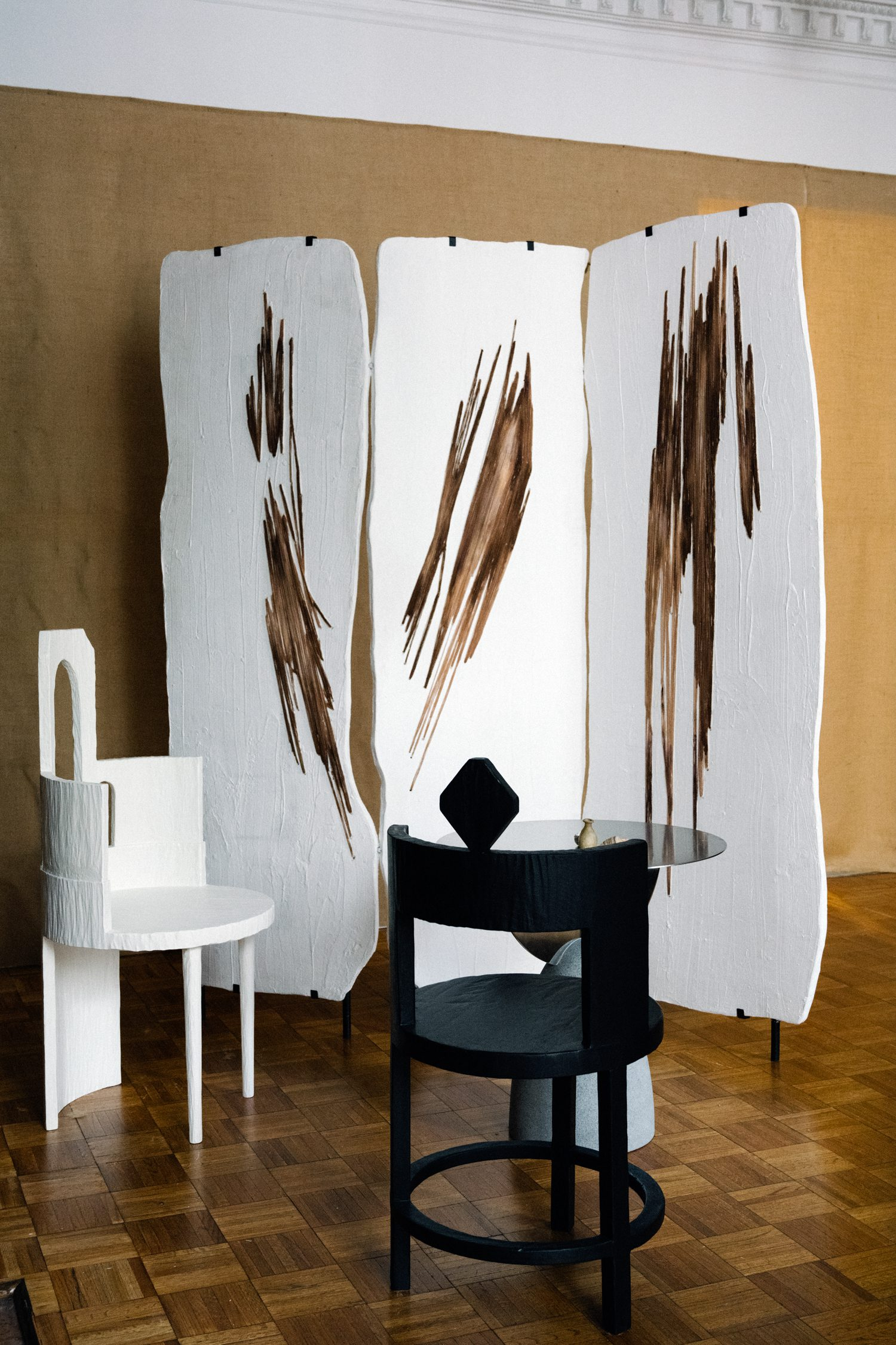 Gateway room divider, in collaboration with Salome Chigilashvili, features embroidery on polymer and plaster. Shown with the pair's Sculptural Chairs I and III.